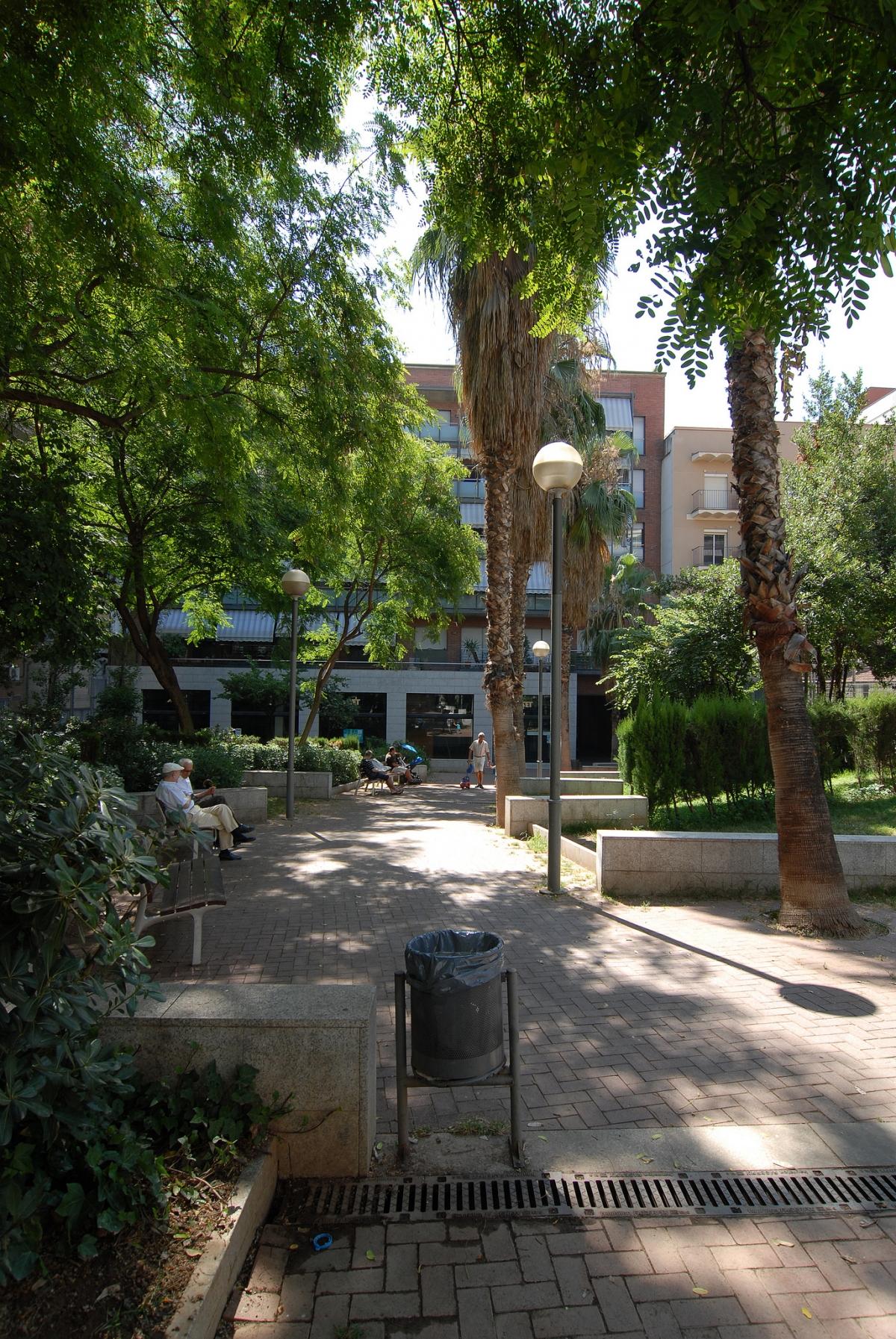 Jardines montserrat roig barcelona film commission for Parques y jardines de barcelona