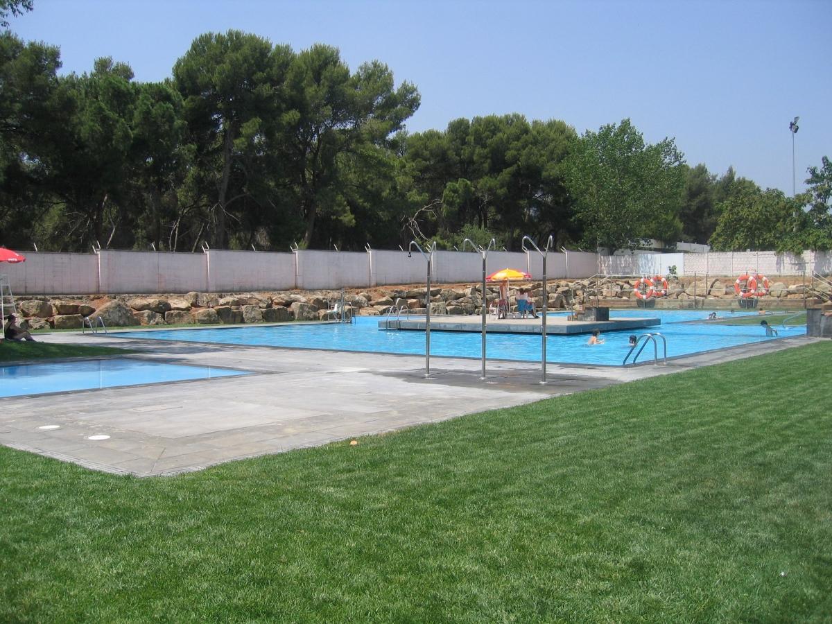 piscina municipal de sant quirze del vall s barcelona