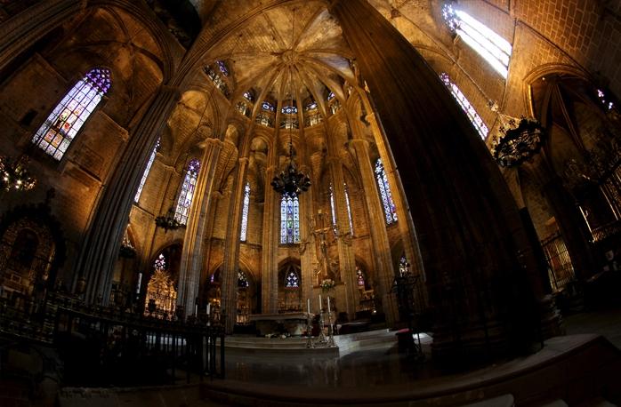 Catedral de barcelona barcelona film commission for Catedral de barcelona interior