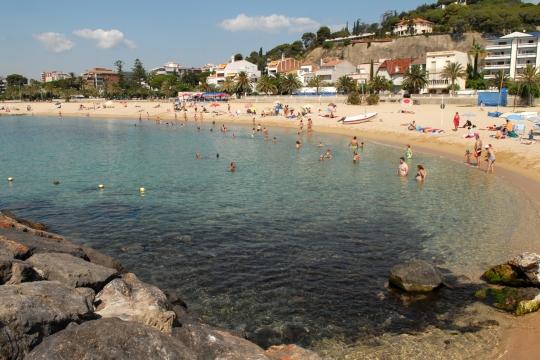 Platja Tres Micos, Caldes d'Estrac