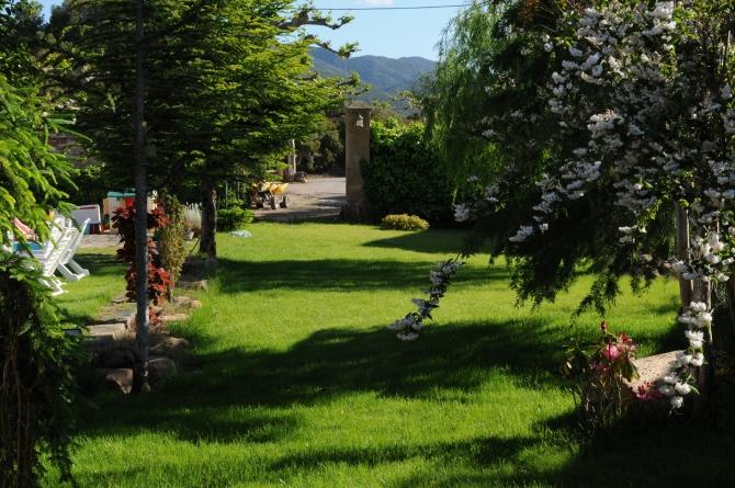 Castell Riudabella Garden