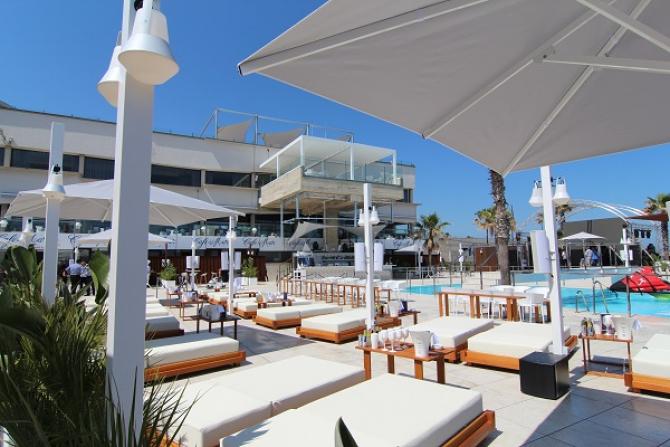 Cdm beach club barcelona film commission for Beach club barcelona