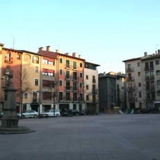 Vic - Plaça dels màrtirs