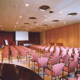 Centre Convencions Auditori AXA *Illa Diagonal
