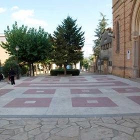 Sant Esteve Sesrovires - Plaça  Dr. Tarrés