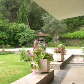 Casa Can Busquet Jardín y Piscina
