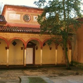 Antiga Escola de Sant Joan de les Abadesses