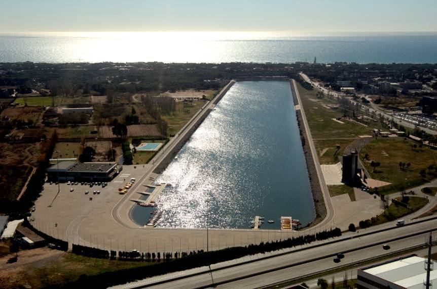 Olympic canal barcelona film commission for Piscina 1 km