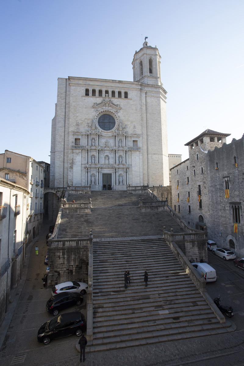 Escalinata Y Fachada De La Catedral De Girona Barcelona Film