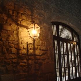 Entrada lateral Casa del Priorat